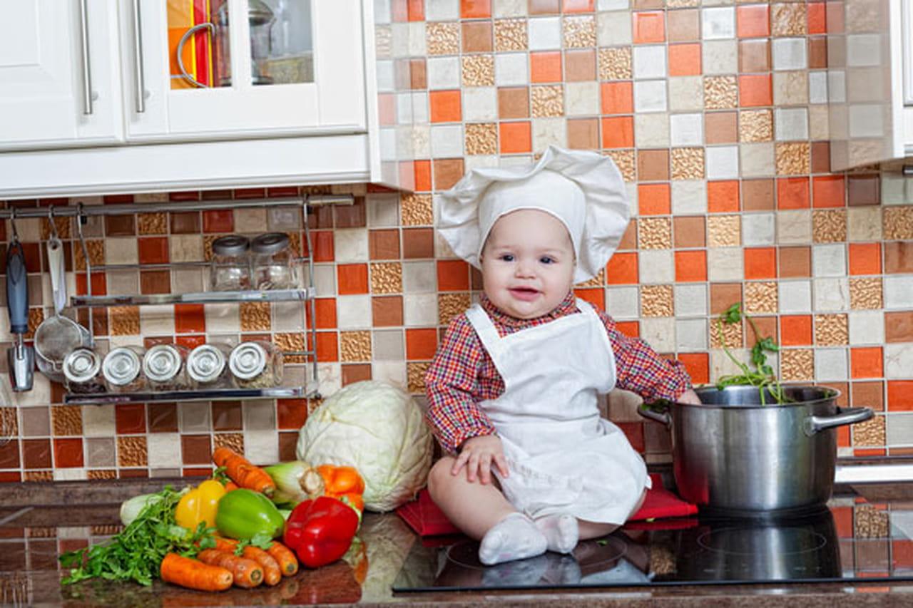 الغذاء المناسب لطفلك