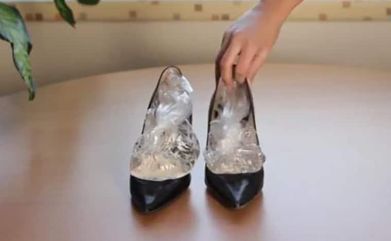 كيف أتصرف عند شراء حذاء ضيق