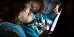 تأثير الأجهزة الالكترونية على الأطفال