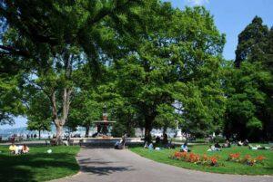 Jardin anglais16 300x201 - الحديقة الإنجليزية بجنيف