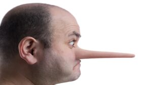 Pinokio 300x169 - علامات تدل أن الشخص الذي أمامك يكذب