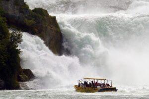Rayn 300x200 - أفضل الأنشطة السياحية في شلالات الراين السويسرية