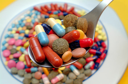 منافع الأدوية و نصائح تناولها للبقاء بصحة جيدة