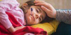 طرق خفض حرارة الطفل دون دواء