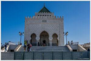 محمد الخامس من الخارج 1 300x202 - السياحة في المغرب : ضريح محمد الخامس