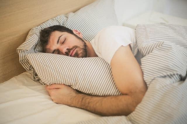 8 فوائد مذهلة للنوم الجيد كل ليلة