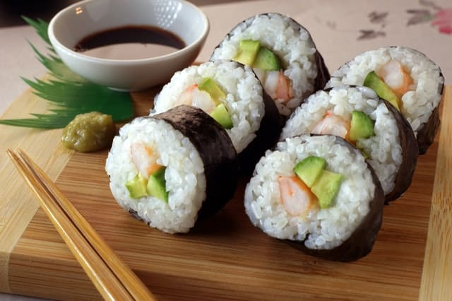 فوائد السوشي.. إليك 11 فائدة صحية مذهلة