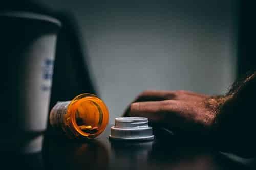 ما هي أبرز أضرار المخدرات على المجتمع ؟!