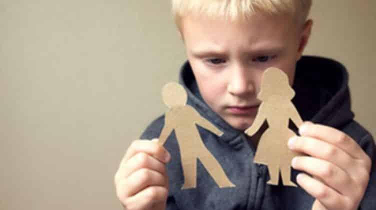 تأثير الطلاق على الأطفال