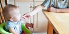 إلى الأمهات إليكن كيفية تحسين شهية الطفل وتشجيعه على الأكل