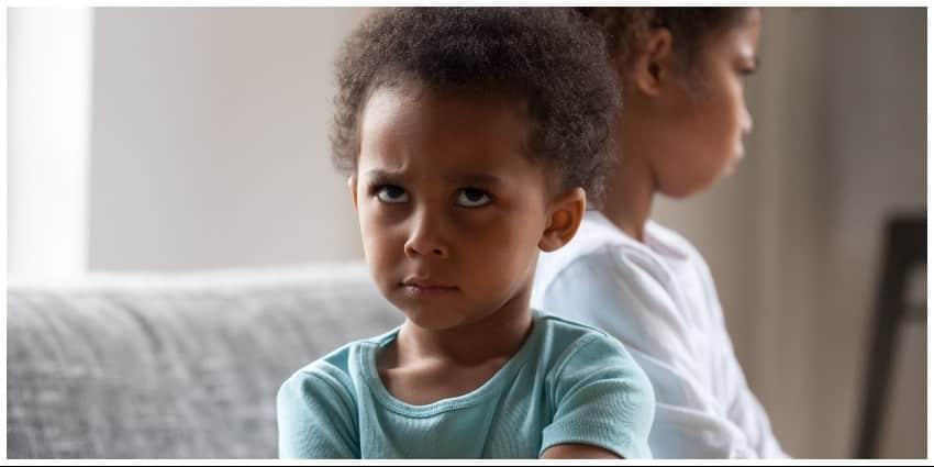 الغيرة عند الاطفال
