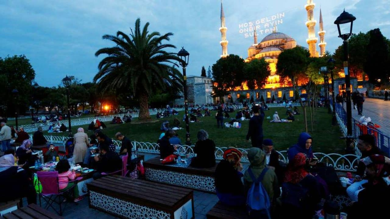 ما هي اهم المعلومات التي تريد ان تعرفها عن رمضان في تركيا؟